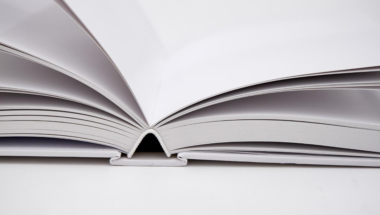 Livre relié avec la technique du dos cousu